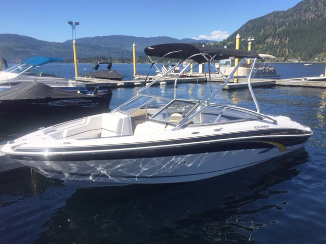 Boat Rental - Fourwinns 210